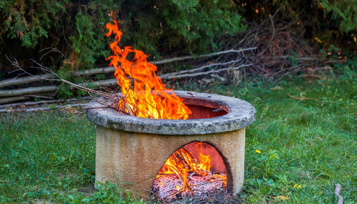 Nachbarrecht Feuerstelle Im Garten Ist Offenes Feuer Erlaubt Gartenhaus Aufbau