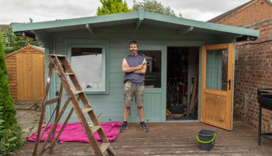 Gartenhaus gegen Sturm absichern